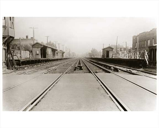 Autumn Avenue Station - East New York LIRR 1918 - Brooklyn, NY Old Vintage Photos and Images