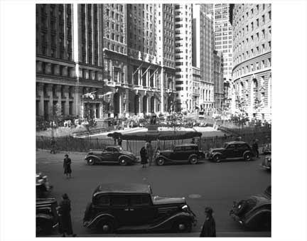Bowling Green - Manhattan's Oldest Park - Financial District Old Vintage Photos and Images
