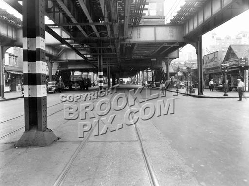 Brighton Beach Avenue looking east to Brighton 5th Street, 1944 Old Vintage Photos and Images