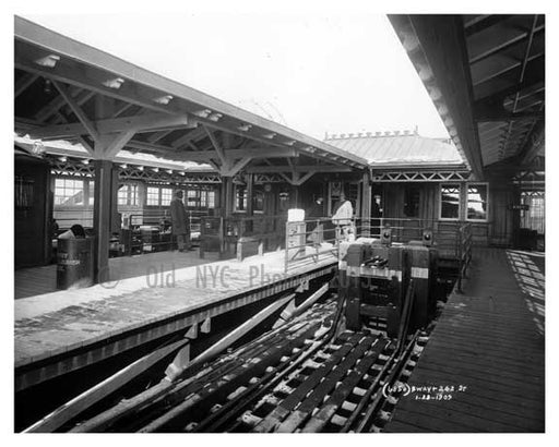 Broadway & 242nd Street Train Station Bronx, NY 1909 Old Vintage Photos and Images