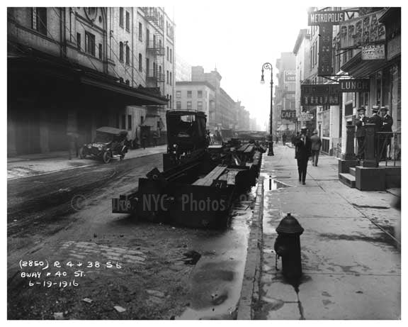 Broadway & 40th Street June 1916 Old Vintage Photos and Images