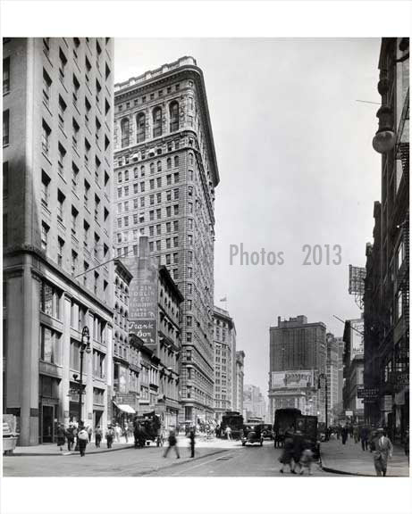 Broadway looking north facing 21st Street - Flatiron District - Downtown Manhattan 1926 NYC Old Vintage Photos and Images