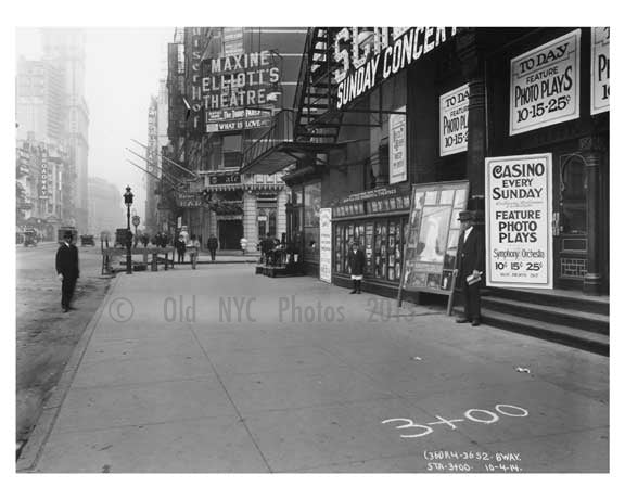 Broadway - sidewalk view - Midtown Manhattan - NY 1914 Old Vintage Photos and Images