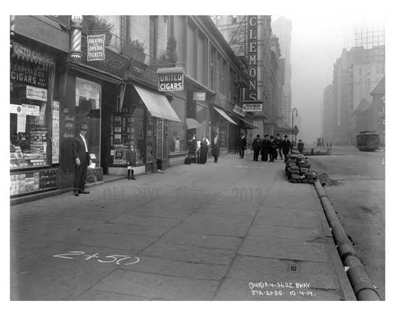 Broadway  Street scene - Midtown Manhattan - NY 1914 A Old Vintage Photos and Images