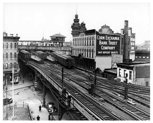 Broadway to Myrtle Subway in Bushwick - 1947 Old Vintage Photos and Images