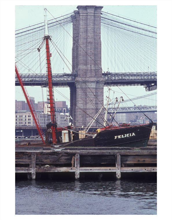 Brooklyn Bridge Side View Old Vintage Photos and Images