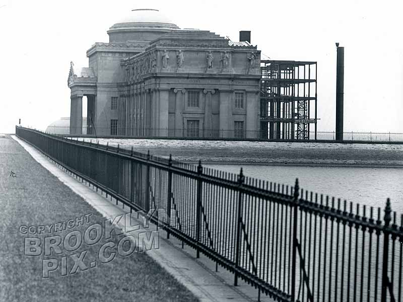 Brooklyn Museum and Mount Prospect Storage Reservoir, Eastern Parkway, 1914 Old Vintage Photos and Images