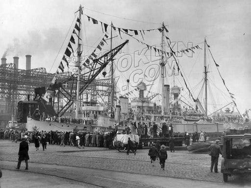 Brooklyn Navy Day, when the facility was open to the public, October 27, 1930 Old Vintage Photos and Images