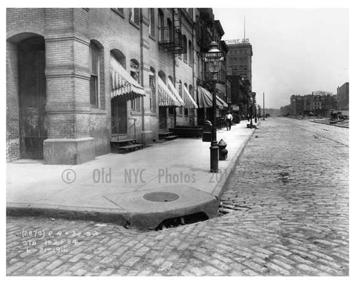 Broome Street 1916 - this corner is in Soho but broome runs through Little Italy aswell Old Vintage Photos and Images