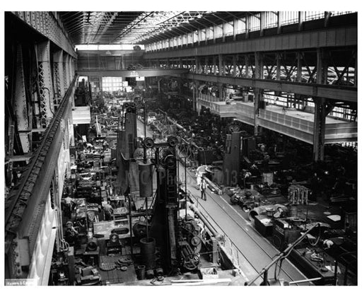 Building a ship at the Brooklyn Navy Yard Old Vintage Photos and Images