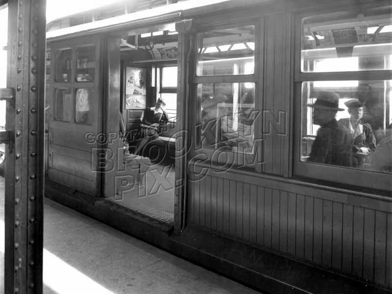C-type train waits for passengers on the BMT Fulton Street Line, c.1950 Old Vintage Photos and Images