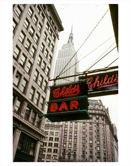 Childs Bar with the Empire State Building behind it - Midtown East Old Vintage Photos and Images