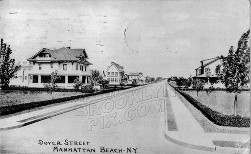 Dover Street, Manhattan Beach, c.1915 Old Vintage Photos and Images