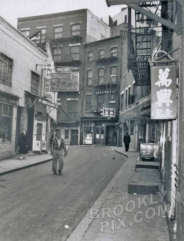 Doyers Street, Chinatown, 1940s Old Vintage Photos and Images