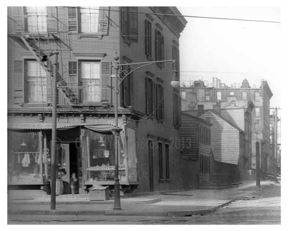 Driggs Ave - Williamsburg - Brooklyn, NY  1921 Old Vintage Photos and Images