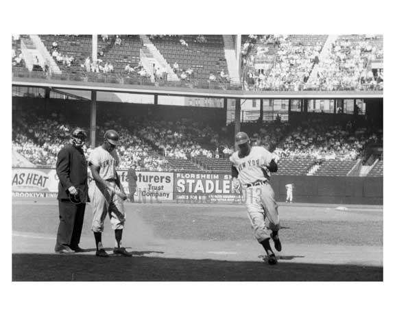 Ebbets Field - last game between Brooklyn Dodgers & Giants - Willie Mays coming to bat