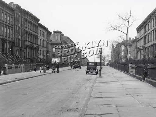 First Place, Carroll Gardens, April 17, 1928 Old Vintage Photos and Images