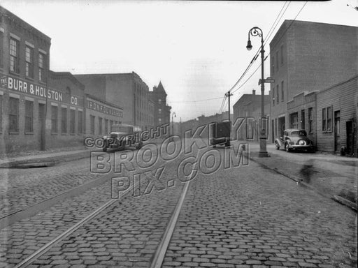 Franklin Street north to Quay Street, 1940 Old Vintage Photos and Images