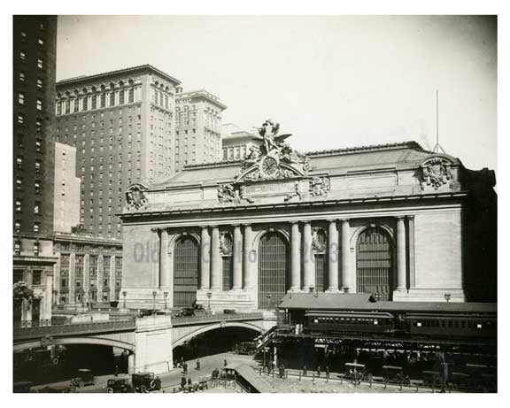 Grand Central Station Midtown Manahattan 1923 NYC Old Vintage Photos and Images