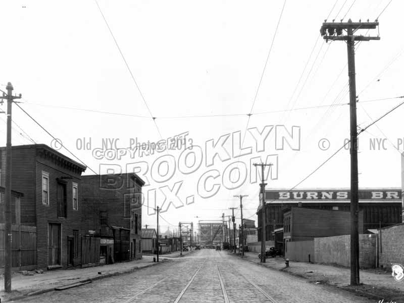 Grand Street looking west to Stewart Avenue, East Williamsburg, 1933 Old Vintage Photos and Images