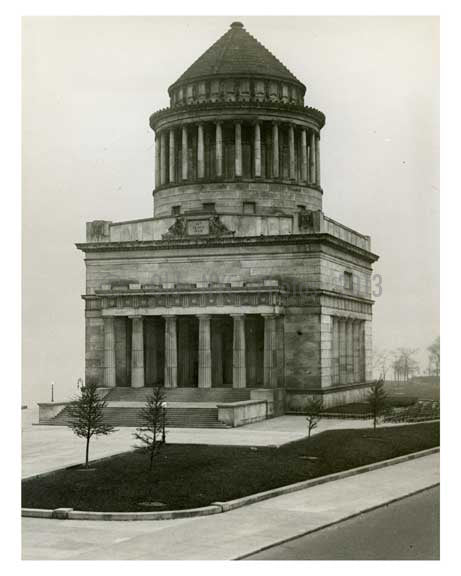 Grants Tomb W 122nd St & Riverside Drive - Morningside Heights 1930 - Uptown Manhattan NYC Old Vintage Photos and Images