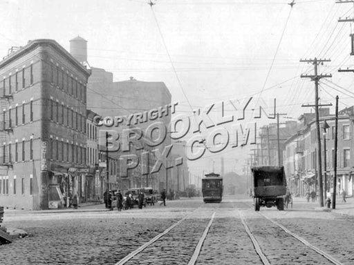 Hamilton Avenue looking northwest from Summitt Street, 1924 D Old Vintage Photos and Images