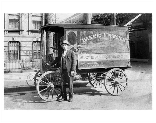 Hart Street - delivery wagon Old Vintage Photos and Images