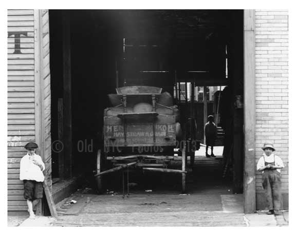 Hay Market - North 7th  Street  - Williamsburg - Brooklyn, NY 1918 Old Vintage Photos and Images