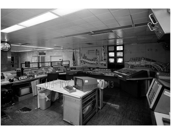 Headquarters, traffic control room, New Jersey side of the George Washington Bridge Old Vintage Photos and Images