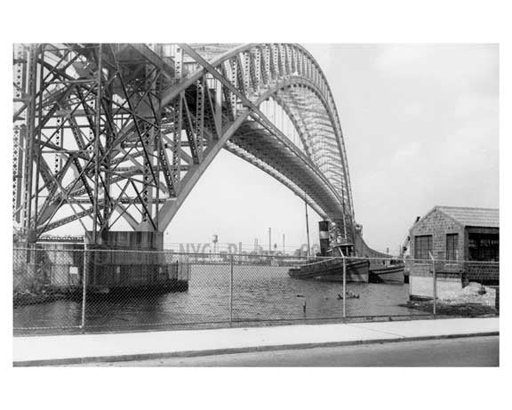 Hell Gate Bridge -  Astoria - Queens, NY Old Vintage Photos and Images