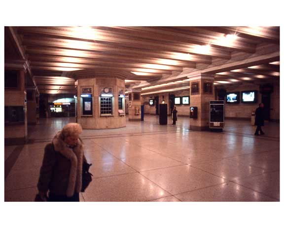 Inside Grand Central Station 1988 A Old Vintage Photos and Images