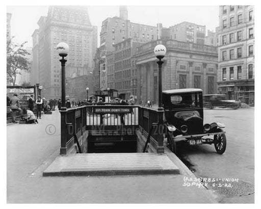 IRT entrance at Union Square Park , NY  1922 Old Vintage Photos and Images