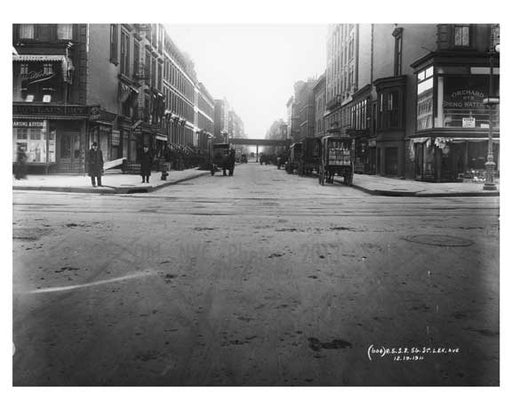 Lexington Avenue & 56th Street  1911 - Upper East Side, Manhattan - NYC Old Vintage Photos and Images