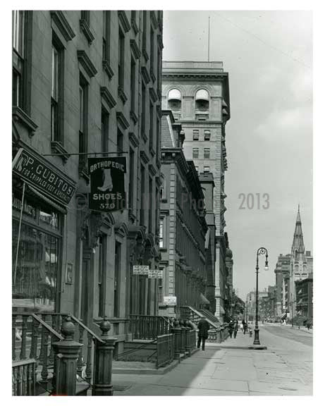Lexington Avenue between 50th & 51st Streets - Midtown -  Manhattan NYC 1914 Old Vintage Photos and Images