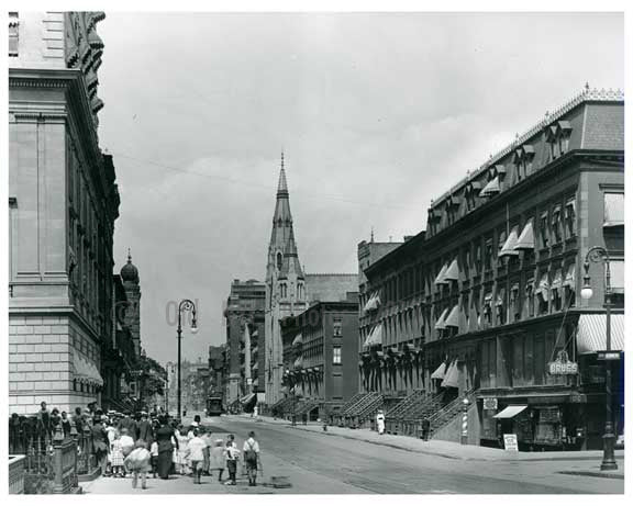 Lexington Avenue  between  51st & 52nd Streets - Midtown -  Manhattan NYC 1914 C Old Vintage Photos and Images