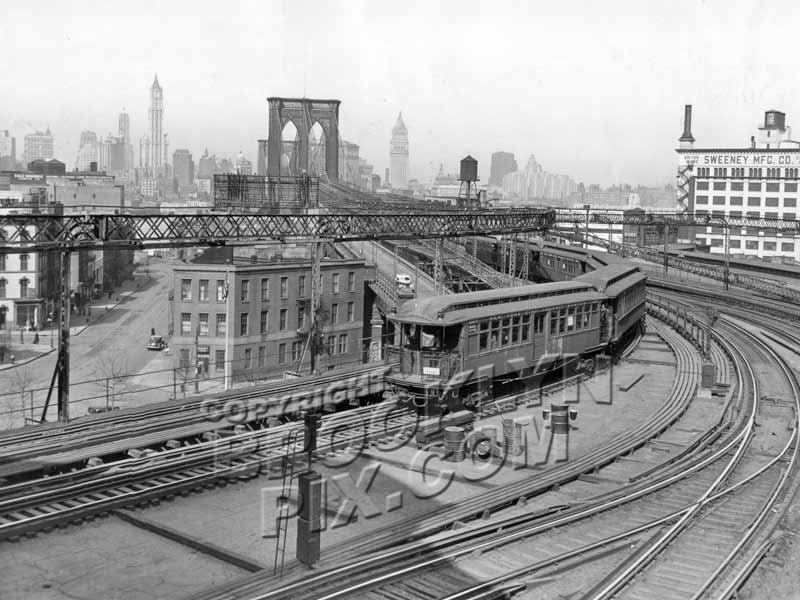 Lexington Avenue el trains approaches Sands Street station in Brooklyn, c.1941 Old Vintage Photos and Images