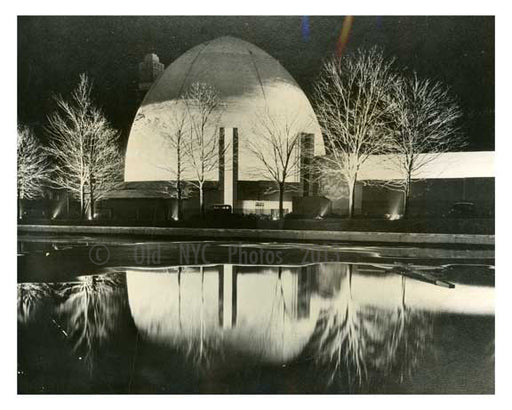Light Show test at Worlds Fair 1939 - Flushing - Queens - NYC Old Vintage Photos and Images