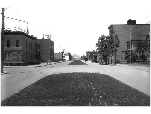 looking west on 44th Drive from 23rd Street 1914 Old Vintage Photos and Images