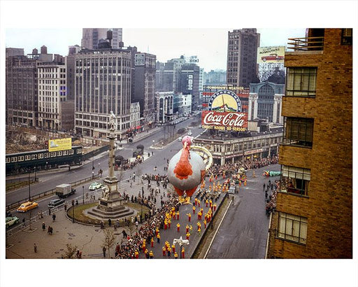 Macy's Thanksgiving Day Parade NYC Photos, Images & Pictures