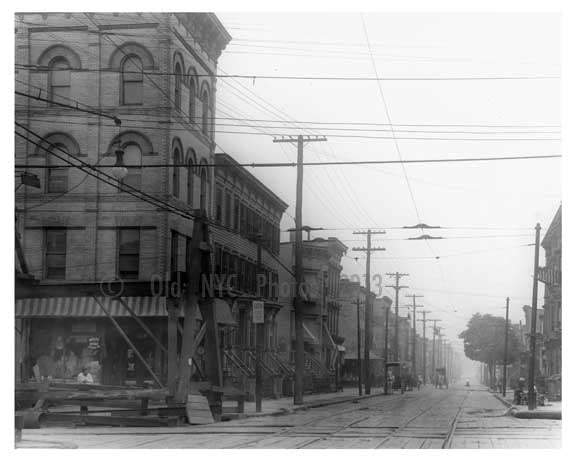 Maujen & Bushwick Ave - Williamsburg - Brooklyn, NY 1917 Old Vintage Photos and Images