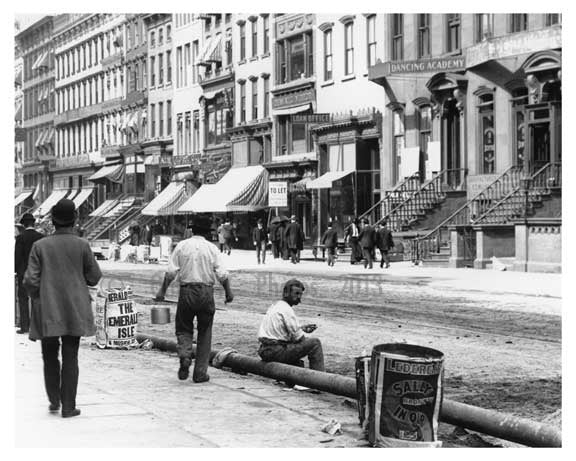 Men on the street 149th Street & Morris Avenue South Bronx, NY 1901 Old Vintage Photos and Images