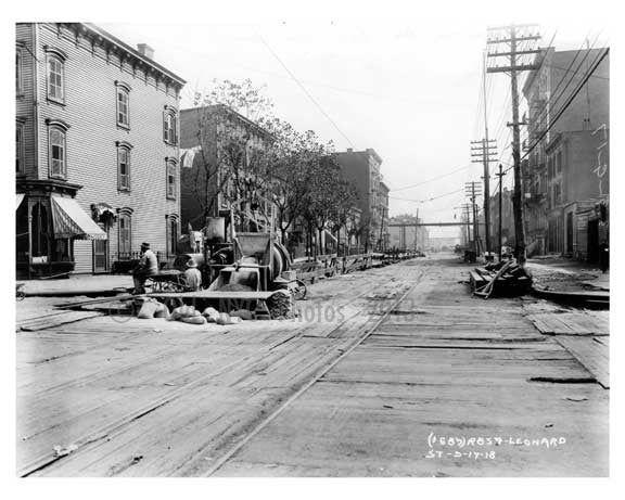 Metropolitan Ave East from Leonard Street -  Williamsburg - Brooklyn, NY  1918 Old Vintage Photos and Images