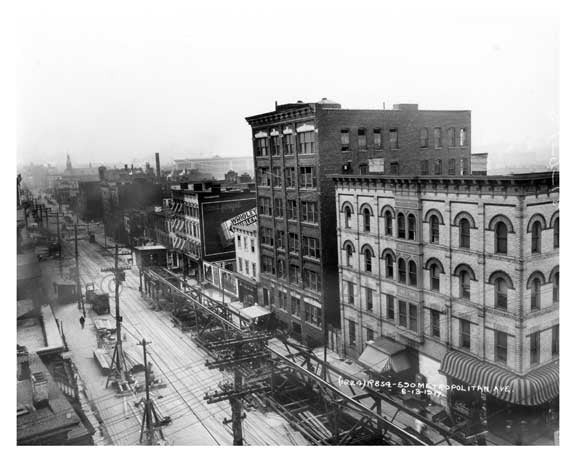 Metropolitan Ave west from Lorimer Street - Williamsburg - Brooklyn, NY 1917 Old Vintage Photos and Images