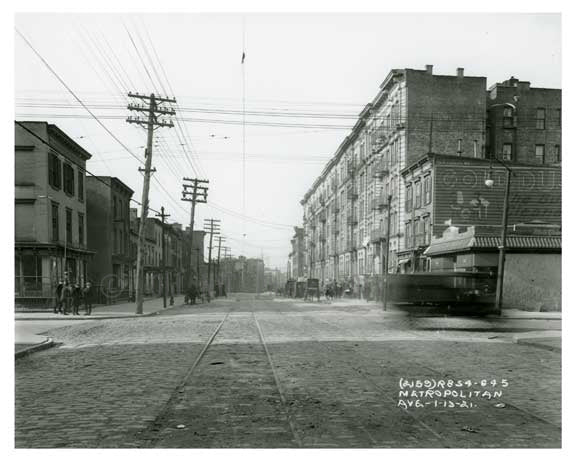 Metropolitan Ave  - Williamsburg - Brooklyn, NY  1921 Old Vintage Photos and Images