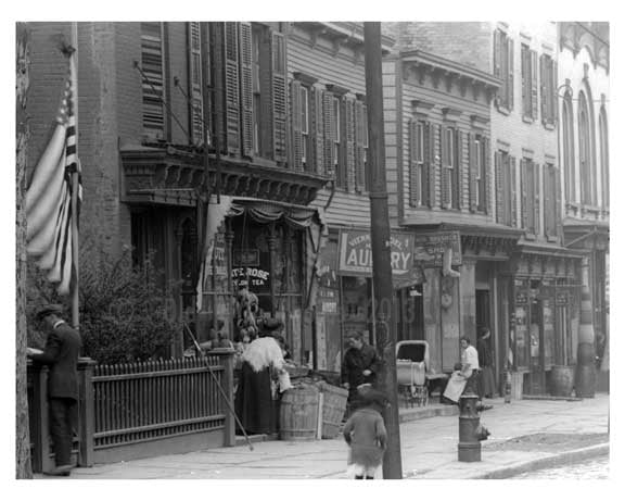 Metropolitan & Lorimer Street - Williamsburg - Brooklyn, NY 1916 II Old Vintage Photos and Images