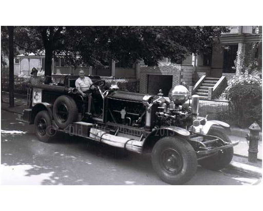 Midwood, Brooklyn Fire truck FDNY 1930s Old Vintage Photos and Images