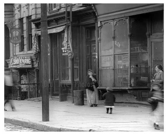 Mother & Child on Metropolitan & Lorimer Street - Williamsburg - Brooklyn, NY 1916 Old Vintage Photos and Images