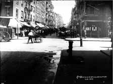Mott Avenue north at Bayard Street, 1907, then Jewish, now Chinatown Old Vintage Photos and Images
