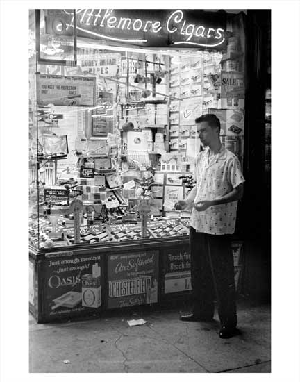 Myrtle Ave Cigar Store Bedford-Stuyvesant Brooklyn NY Old Vintage Photos and Images