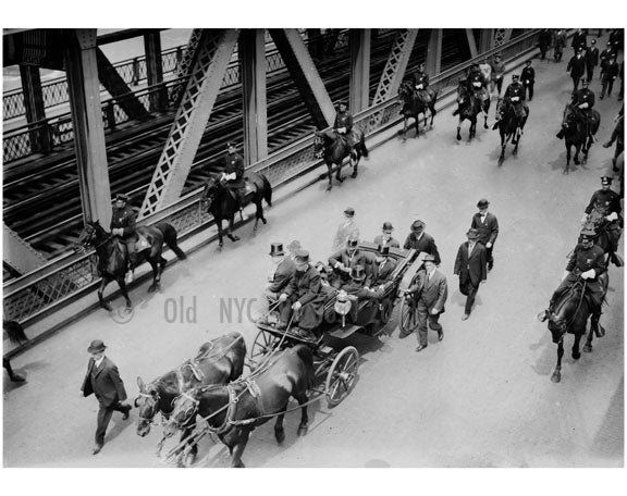 Navy funeral - On the Manhattan Bridge Old Vintage Photos and Images